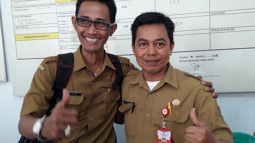 penilai Lomba Kampung siaga aktif dari DKK Wijaya dan petugas Puskesmas Larangan Ellen