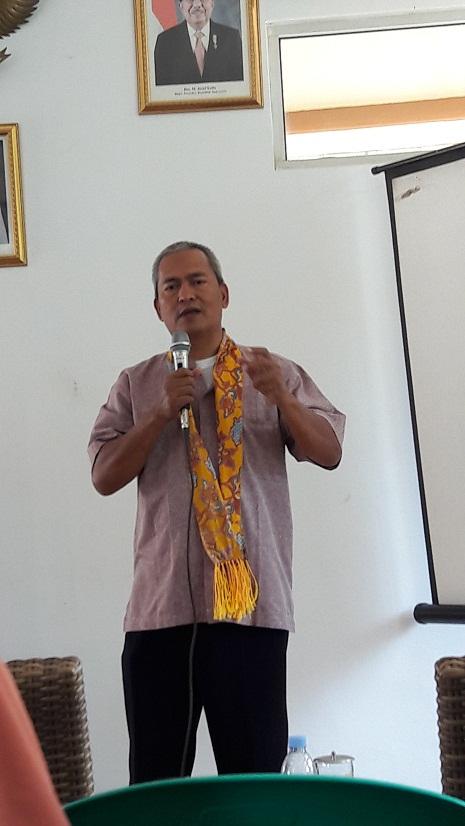 Presiden Kampung Siaga Kota Cirebon Saefu Badar turut serta sebagai tim Penilai Lomba Kampung Siaga Aktif