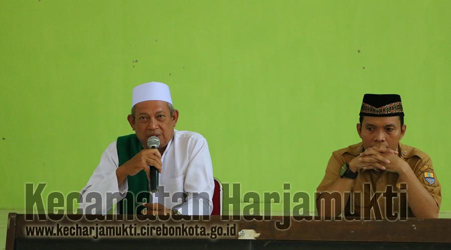 Pemaparan oleh Kasi Pemberdayaan Masyarakat, Siti Hodijah, A.md