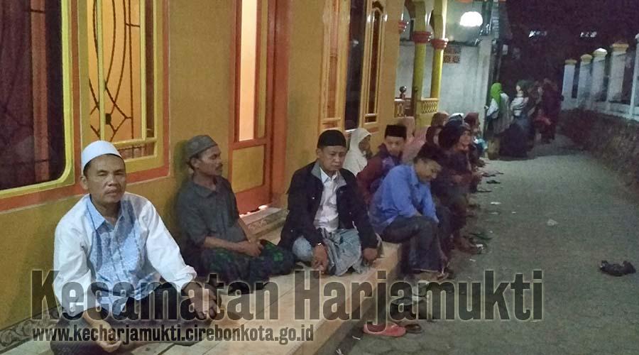Camat Harjamukti Hadiri Puncak Haul Mbah Sholeh ke-234 Tahun di Pondok Pesantren Benda Kerep