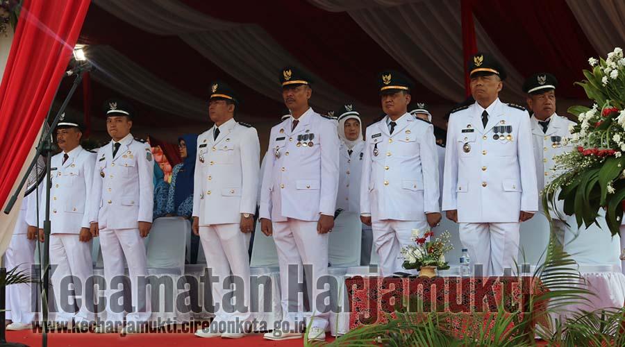 Peringatan Dirgahayu Republik Indonesia, Camat Harjamukti dan Lurah se Kecamatan Harjamukti Mengikuti Upacara Kemerdekaan Indonesia