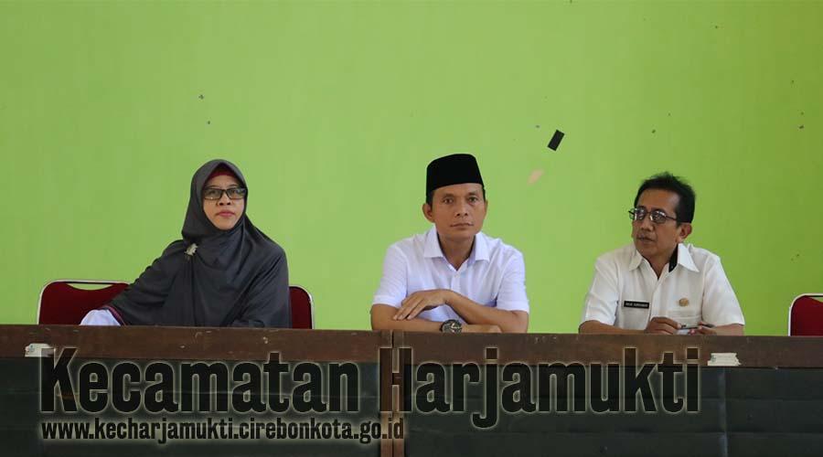 Penilaian Sarana dan Prasana Public Responsive Gender Oleh Tim Jawa Barat, Kecamatan Harjamukti Mewakili Kota Cirebon
