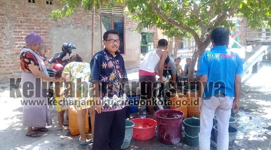 Bantuan Air Bersih Untuk Argasunya Masih Terus Berdatangan