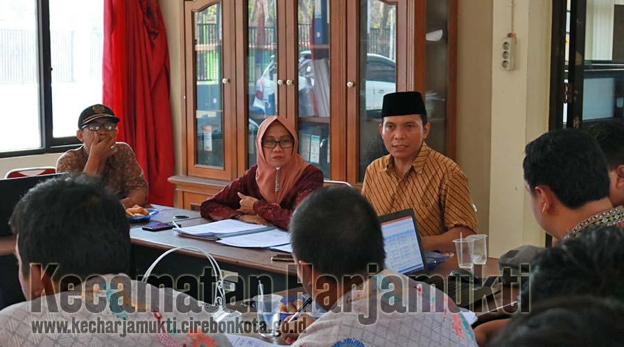 Tim IT Se-Kecamatan Harjamukti Bahas Penyusunan Profil Kelurahan dan Kecamatan