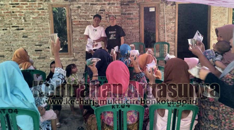 Jum'at Berkah di Kopiluhur bersama DKM Masjid PDAM Kota Cirebon