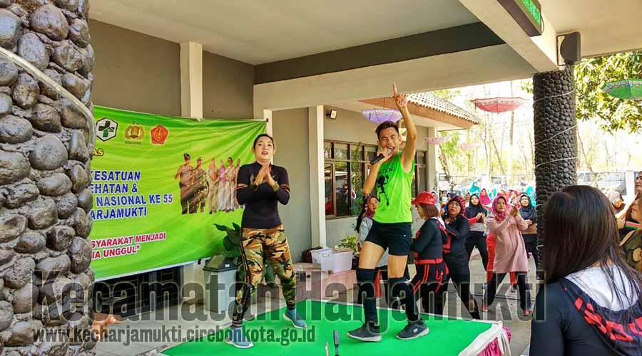 Senam di Pandu oleh Ade Dancer