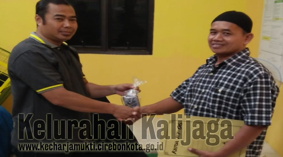 Serah Terima Jabatan Ketua RT. 006 RW. 014 Permata Harjamukti Utara Kelurahan Kalijaga