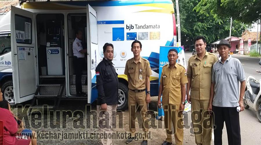 Layanan PBB Keliling di RW.008 Cileres Kelurahan Kalijaga